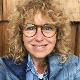 Lucia Hogg profile picture